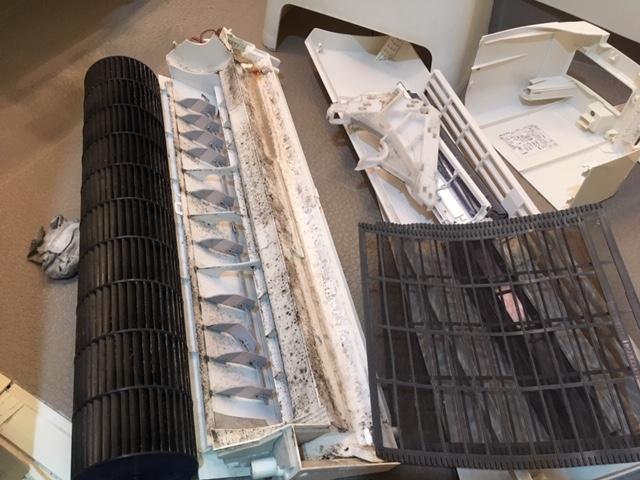 シャープ製お掃除エアコン分解